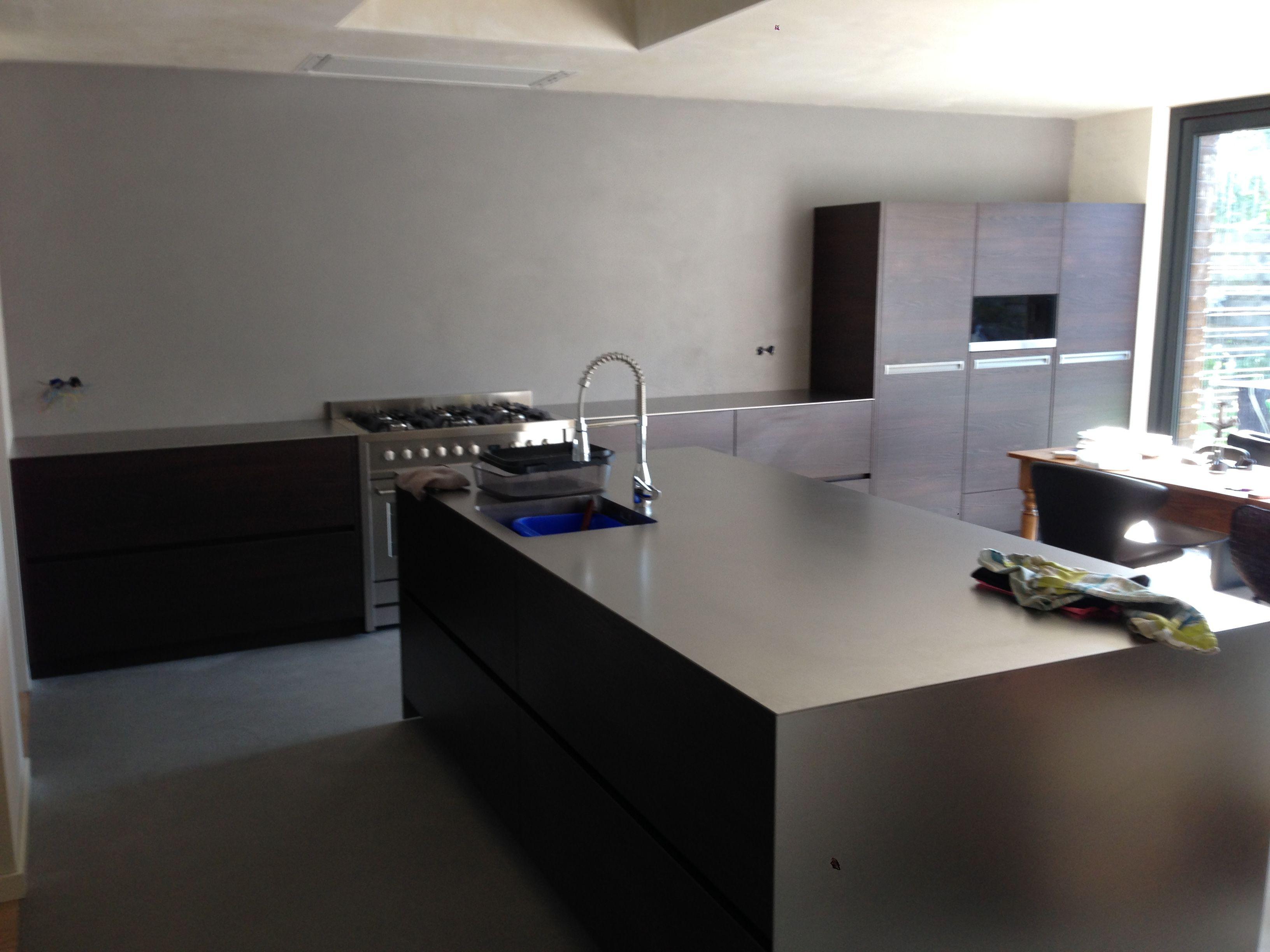 Woonbeton keuken een mooie combi beton gietvloer betonlook