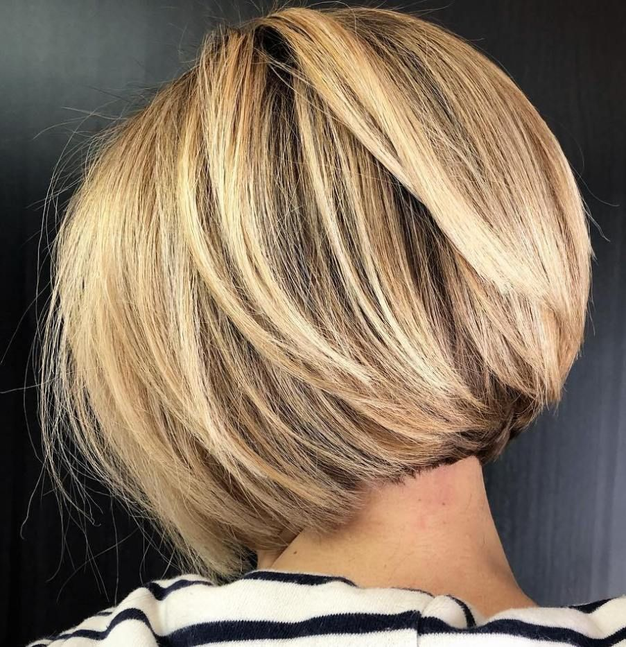 Short Inverted Bob with Swoopy Layers   Bob hairstyles for thick ...