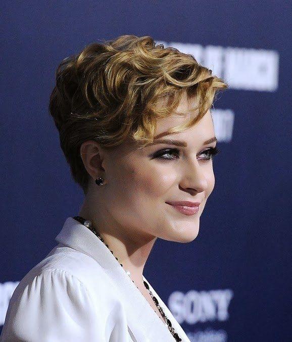 recogidos cortes dama colores peinados cabello rizado de pelo corto maquillaje peinados ondulados cortos estilos de pelo corto