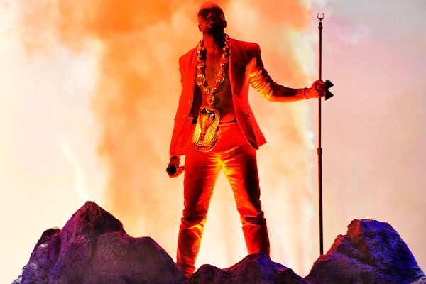 Resultado De Imagem Para Kanye West My Beautiful Dark Twisted Fantasy Outfit Kanye West Outfit Beautiful