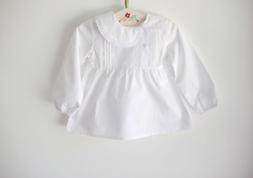 TICTAC babies Camisa branca com bordado inglês
