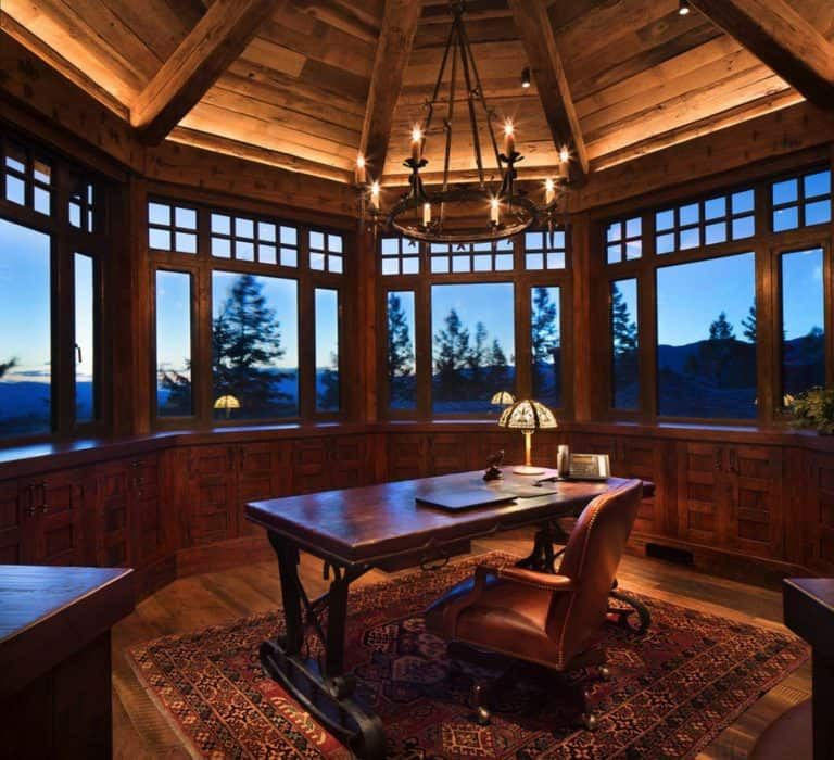 One Kindesign: A Dreamy Montana Mountain Retreat: Great Northern Lodge