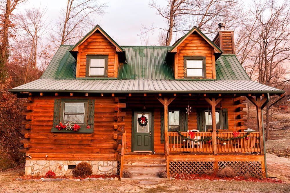 4 Bedroom Dog Friendly Cabin With Lots Of Hiking And Waterfalls Close By Near Brevard For Shopping Clo Dog Friendly Cabins Best Places To Live Vacation Time