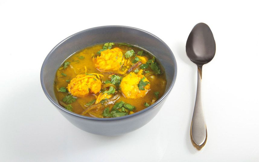 Delicious, hearty Pathai prawn curry: 40 calories (20g protein, 1g fat)