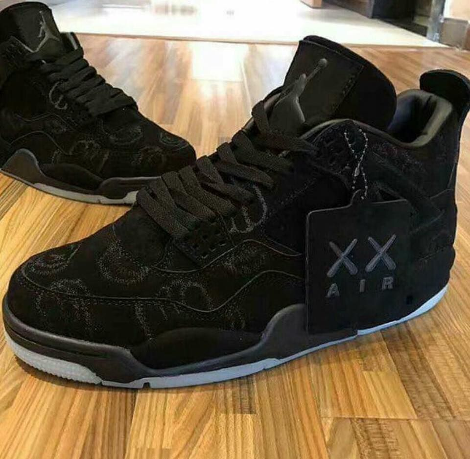 2335046eed06f0 Air Jordan 4 Retro KAWS