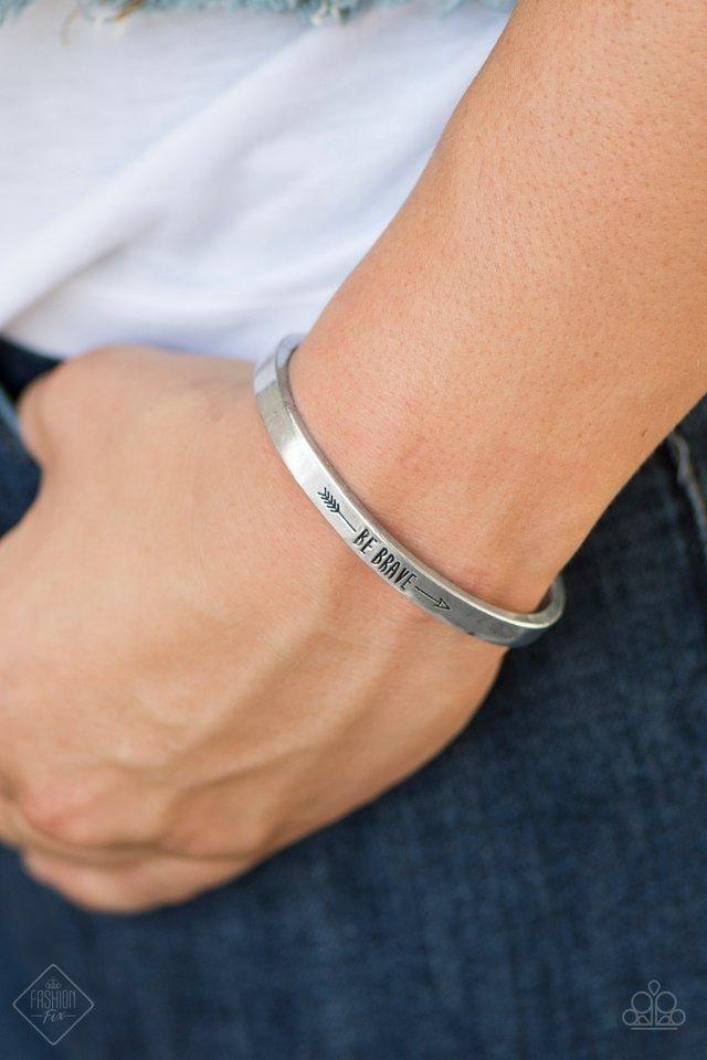 Paparazzi Brave And Bold Fashion Fix Engraved Be Bracelet