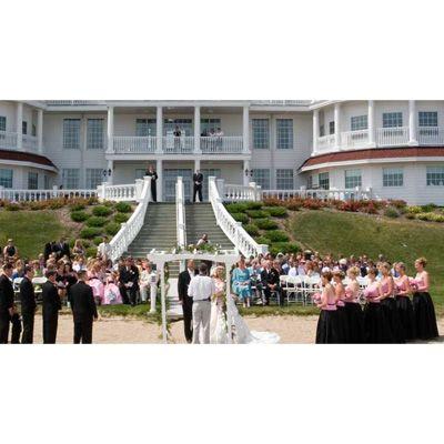 Beach Ceremony At The Beautiful Blue Harbor Resort Spa Sheboygan Wi