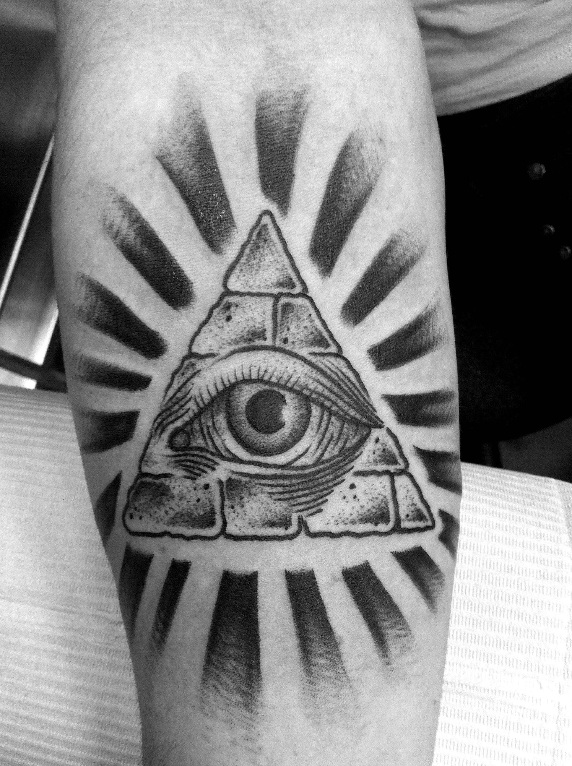 9ab9c7467cfe7 All Seeing Eye Tattoo On Back Neck photo - 2 | Tattoos | Illuminati ...