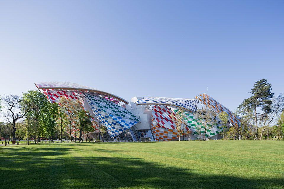 "La Fondation Louis Vuitton ""customizada"" por Daniel Buren | #collaboration"