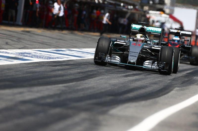 F1 Spanish Grand Prix: Hamilton won't let strategy disadvantage him
