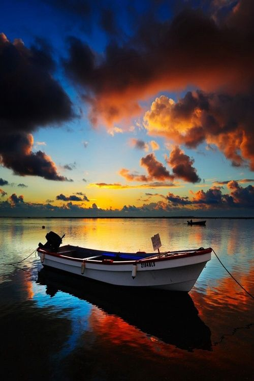 Image De Boat Clouds And Sea Sunset Wallpaper Boat Wallpaper Boat