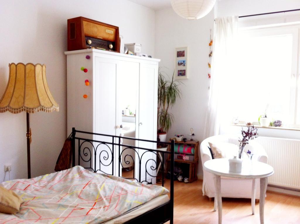 Schön eingerichtetes Schlafzimmer in Kölner Mädels-WG ...