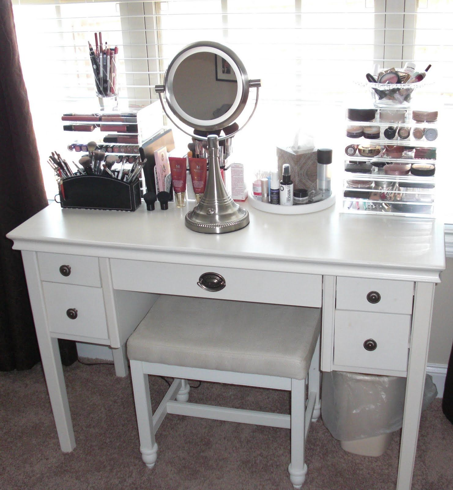 Vanity Table Set Without Mirror Vanity Set Up Makeup Vanity Storage Small Bedroom Vanity