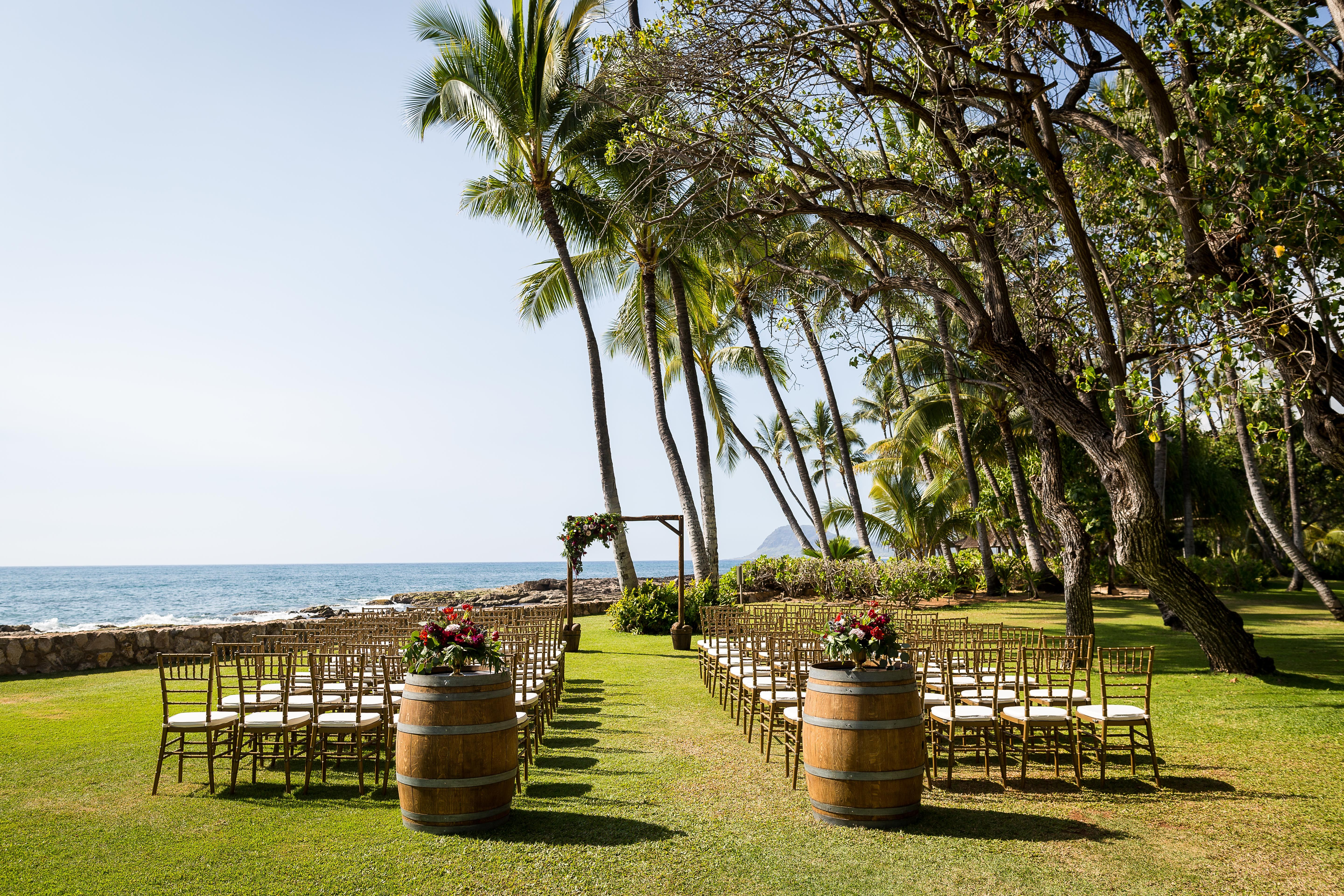 Gorgeous Outdoor Wedding Venue On Oahu Hawaii At