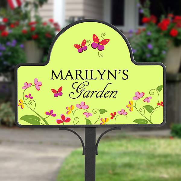Pattern Pop Personalized Vintage Distressed Look Fruit Herbs and Veggie Garden Metal Room Sign