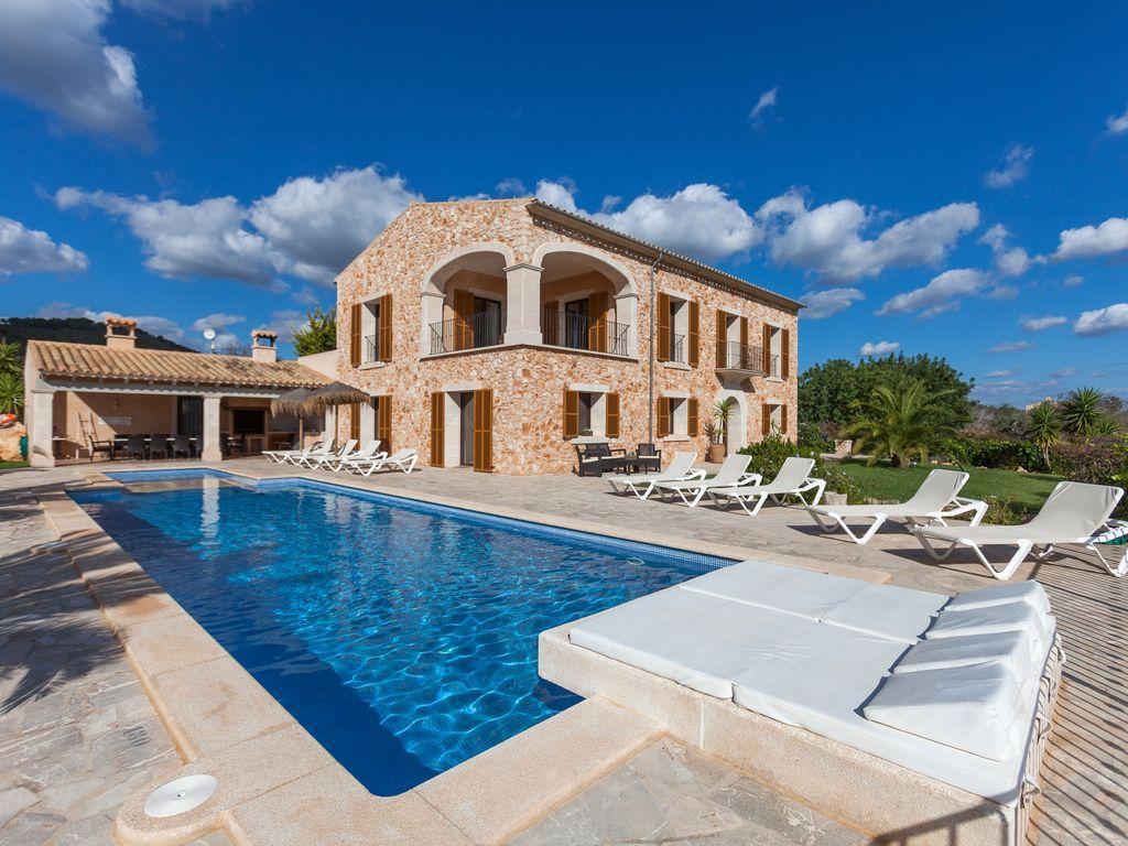 ¿Una casa con piscina para niños en Baleares? ¡No busques más porque la has encontrado!