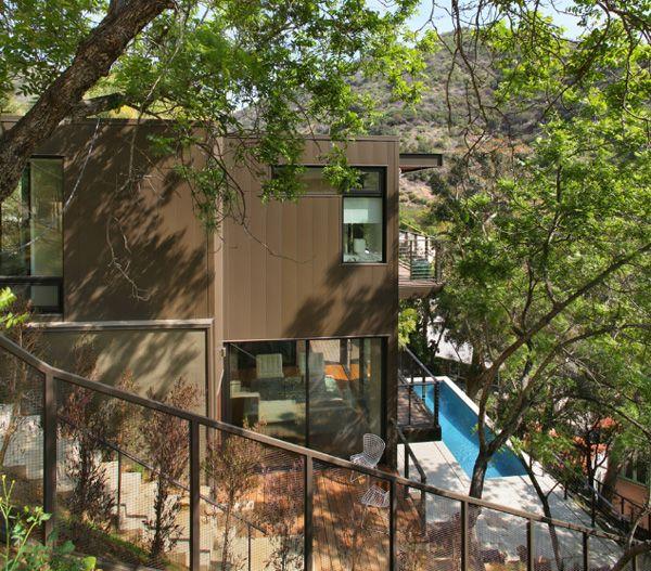 Modern eco-luxury: Hollywood Hybrid home