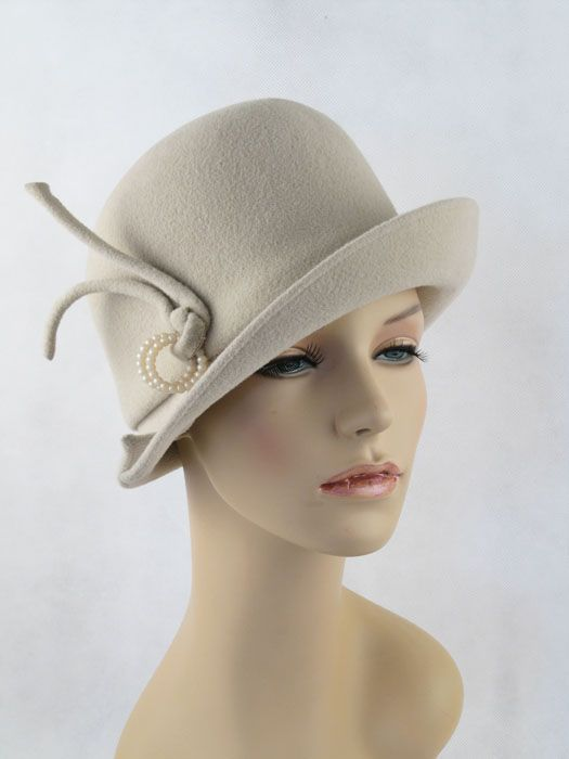 43e44404881 Vintage 60s 70s Hat Pale Taupe Lisa Coche with Upturned Brim Sz 21.5 ...