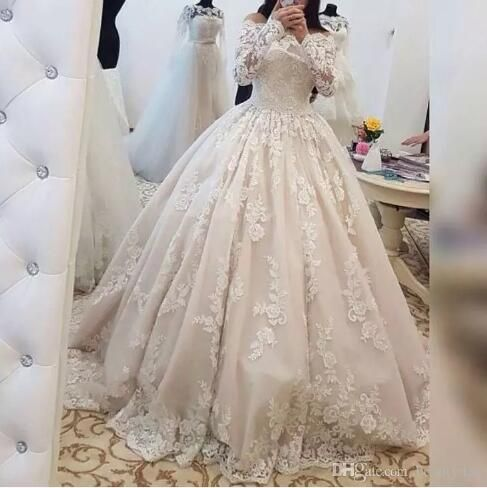 2018 Wedding Dresses Arabic Dubai Bride Robes Ball Gown Bateau Long Sleeve  Ivory Vintage Puffy Lace Bridal Dress robe de mariage db0509235227