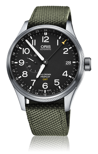 This watch from the ProPilot collection is equipped with a complication very useful for pilots: A second time zone. In addition, the Oris movement 748 features also a small second and an enlarged date.