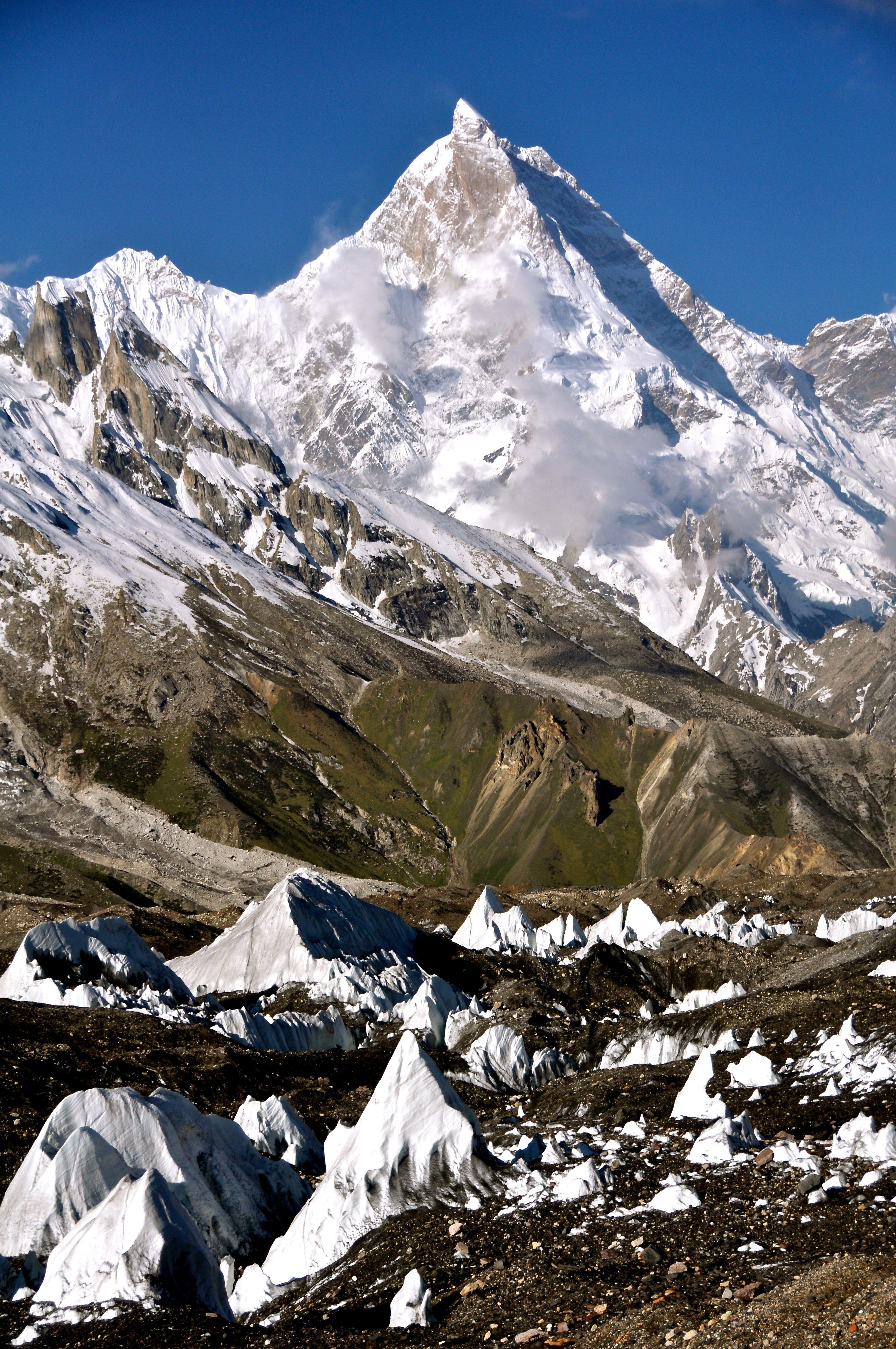 Gmail mountain theme background - Baltoro Glacier