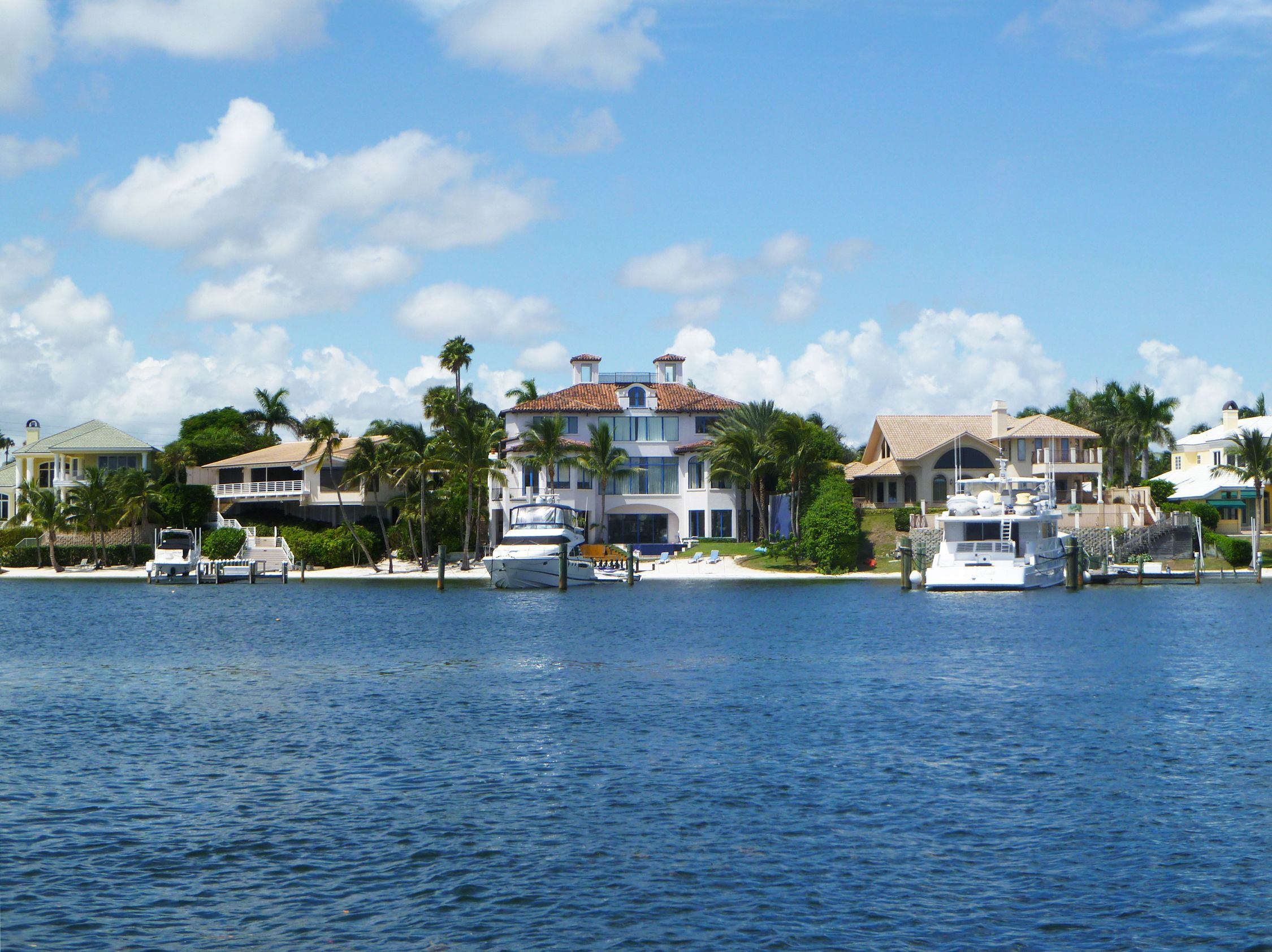 Waterfront Homes In Jupiter Florida Jupiter Florida Pinterest
