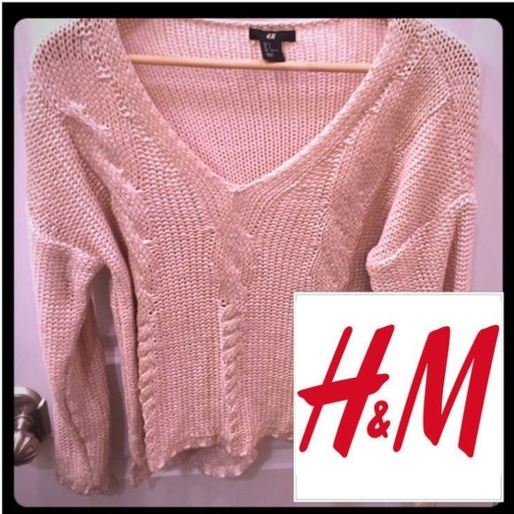 H&M Pale Pink Sweater with Coated Look Sz S H&M pale pink coated look sweater. V-Neck. Long sleeve, slightly longer in back than front. Cable knit design on front. Acrylic. No flaws, stains, or trades- offers are ok H&M Sweaters V-Necks