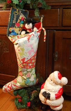 the big christmas stocking pattern download available at connectingthreadscom - Big Christmas Stockings