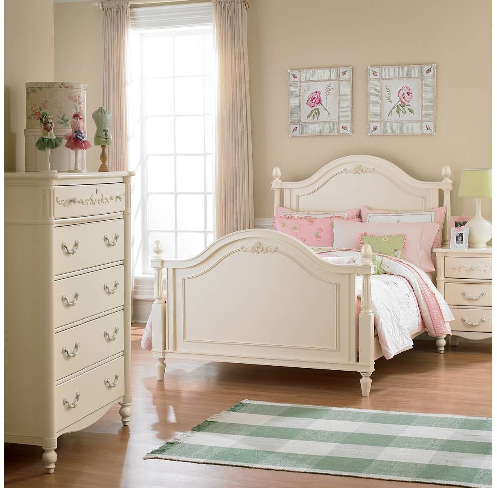 Young America Isabella Sonnet Bedroom  Kids bedroom furniture