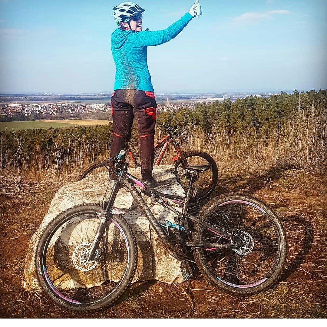 Womenmtb Women S Mountain Bike Women S Mountain Bikes Cheap Mtb Shorts Best Cycling Shorts Mtbwomen Mountainbikesho Cycling Fashion Cycling Outfit Mtb Women