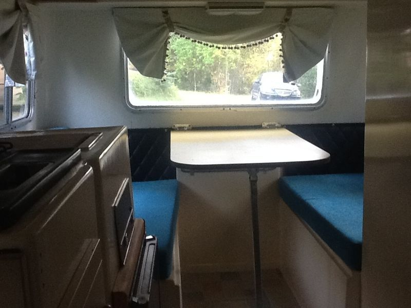 Loafer fiberglass trailer dinette.