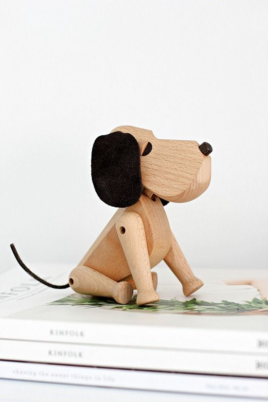 Via Nordic Leaves | Architectmade Hans Bølling 'Oscar' Dog - keyofaurora.com - Artisanal.Narrative.Smart