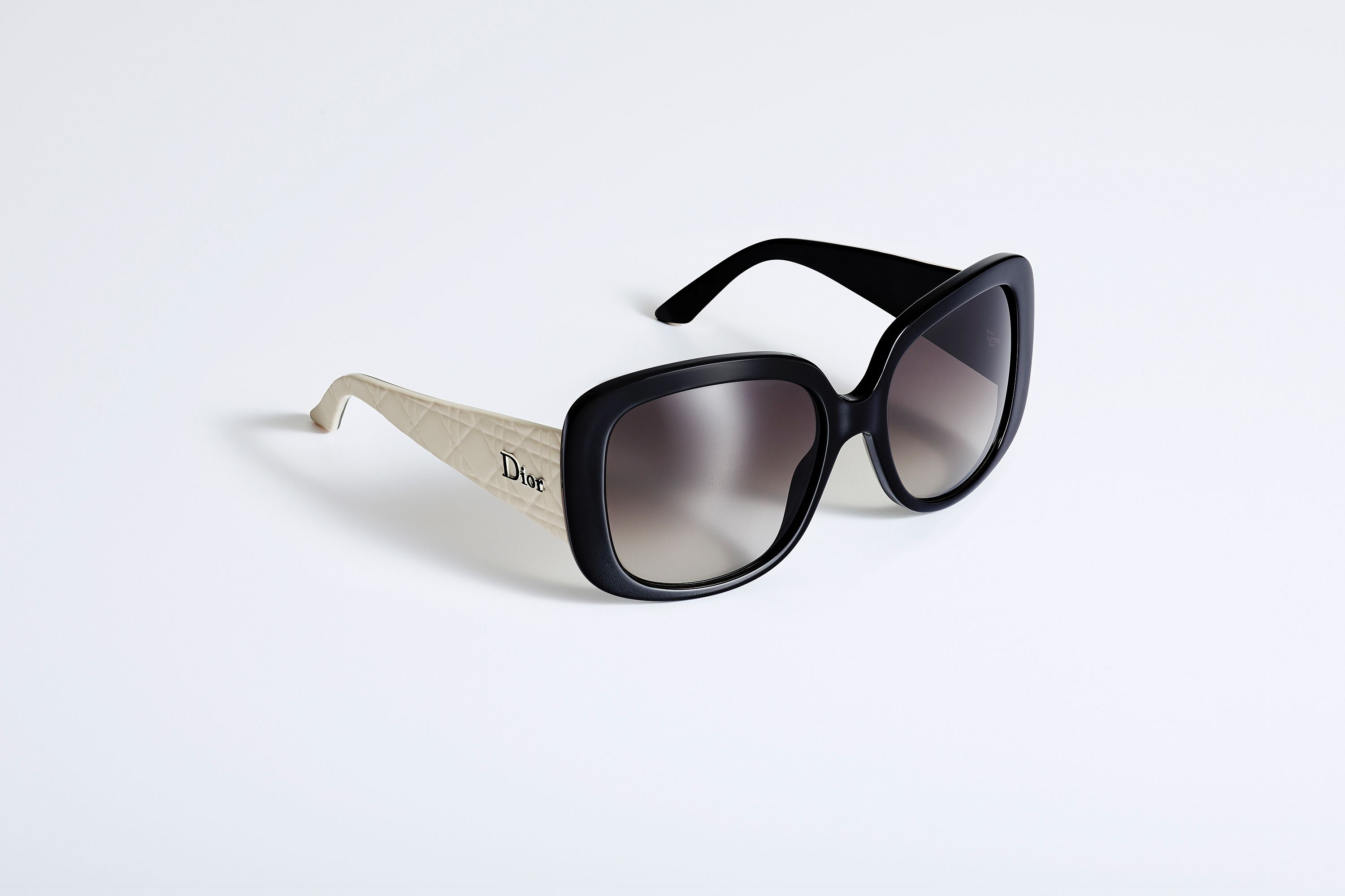 Dior Ladylady1 Sunglasses In Black Ivory Accessories Dior Sunglasses Dior Fashion Sunglasses