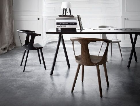 Stuhl In Between bei &Tradition