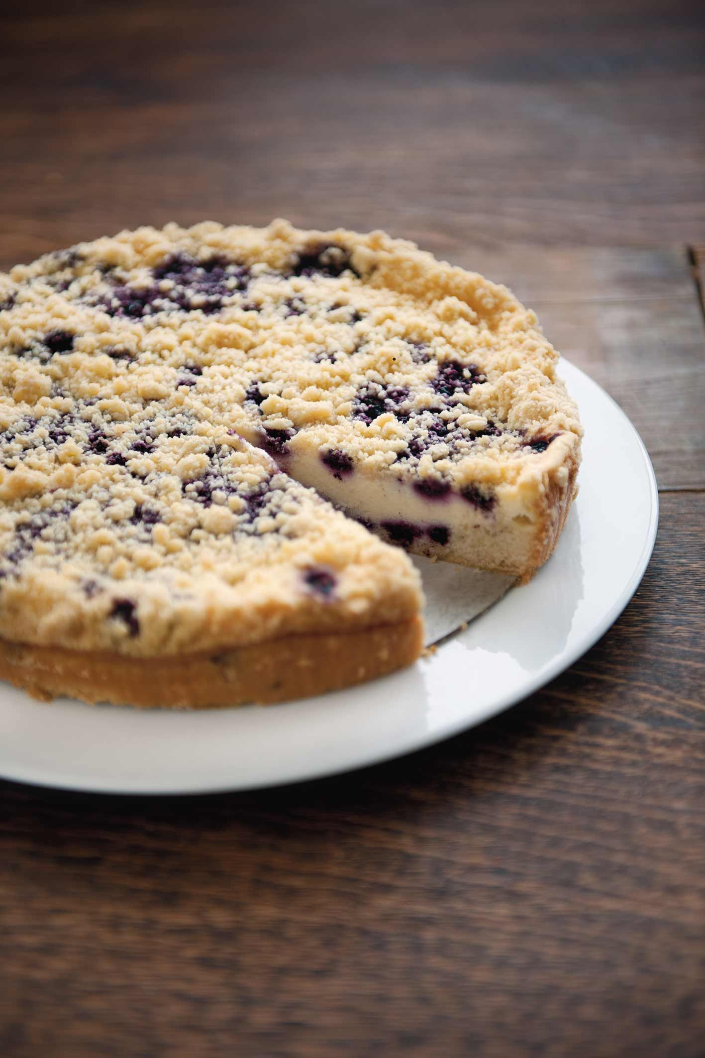 Duo of blueberry cheesecake Sweet blueberries layered with creamy cheesecake filling. topped with crumble and baked on a so…   Patisserie ...