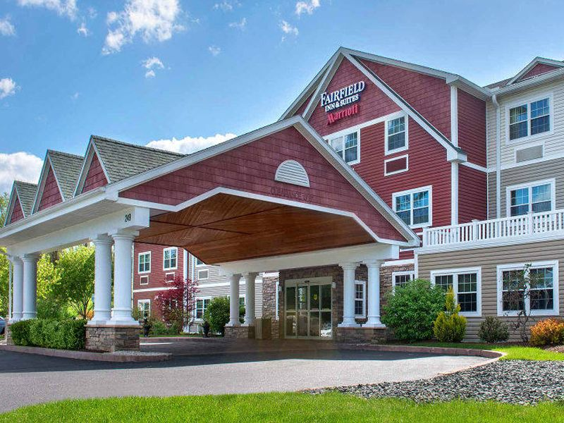 Welcome To An Award Winning Property Fairfield Inn Suites Lenox