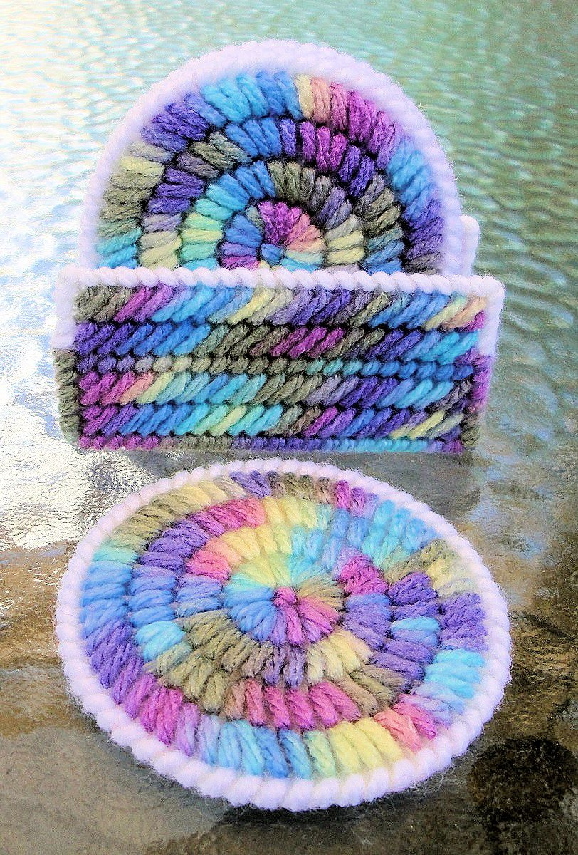 Blue Round Coasters_Plastic Canvas