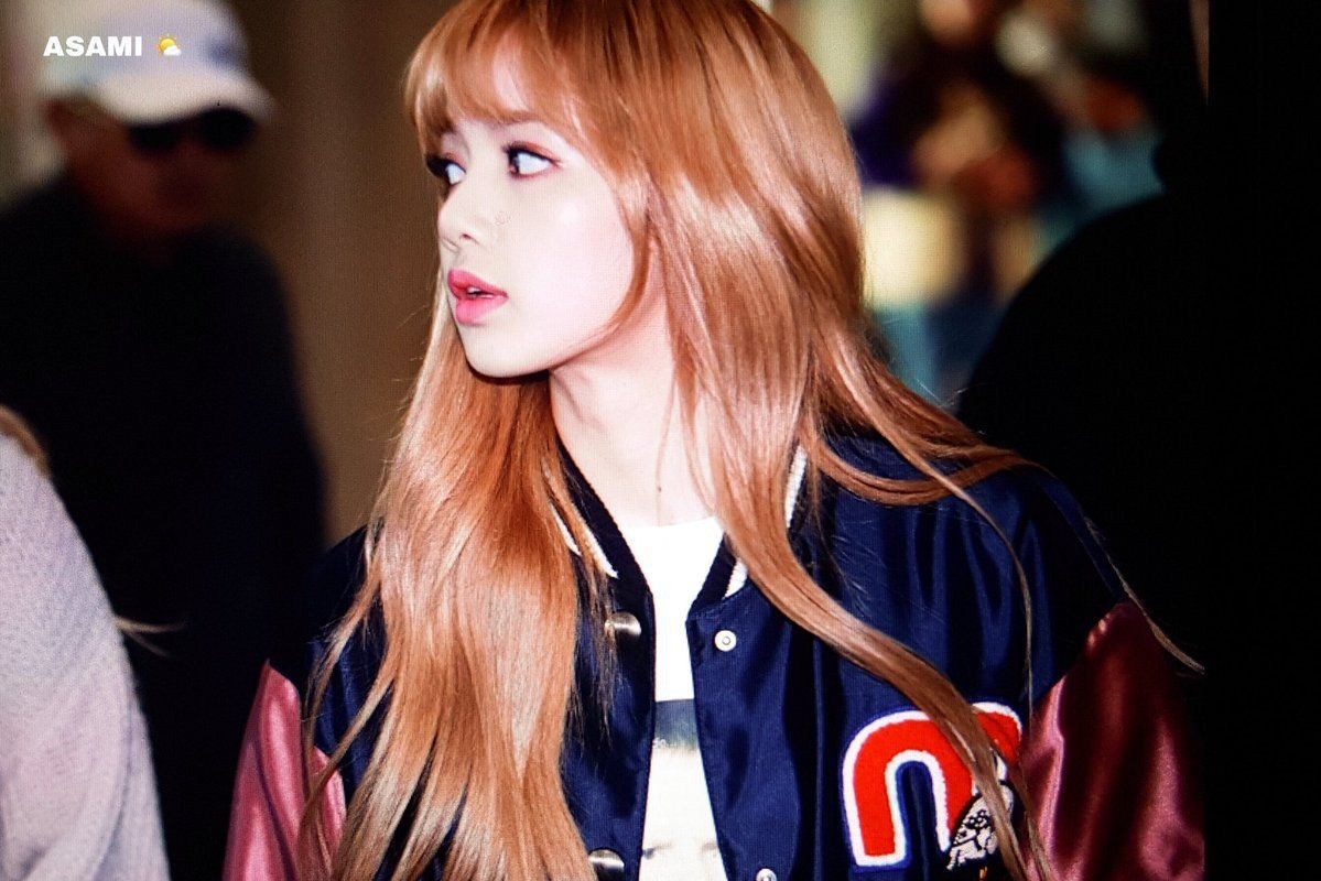 Pin by dia on l i s a in pinterest blackpink lisa lisa
