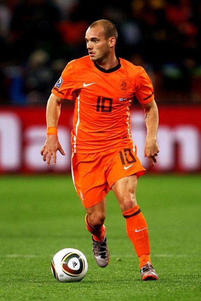 Wesley Sneijder Photostream | Professional football