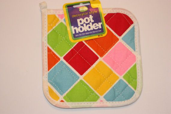 Vintage Quilted Pot Holder Unused Pot Holder by myvintagewhimsy