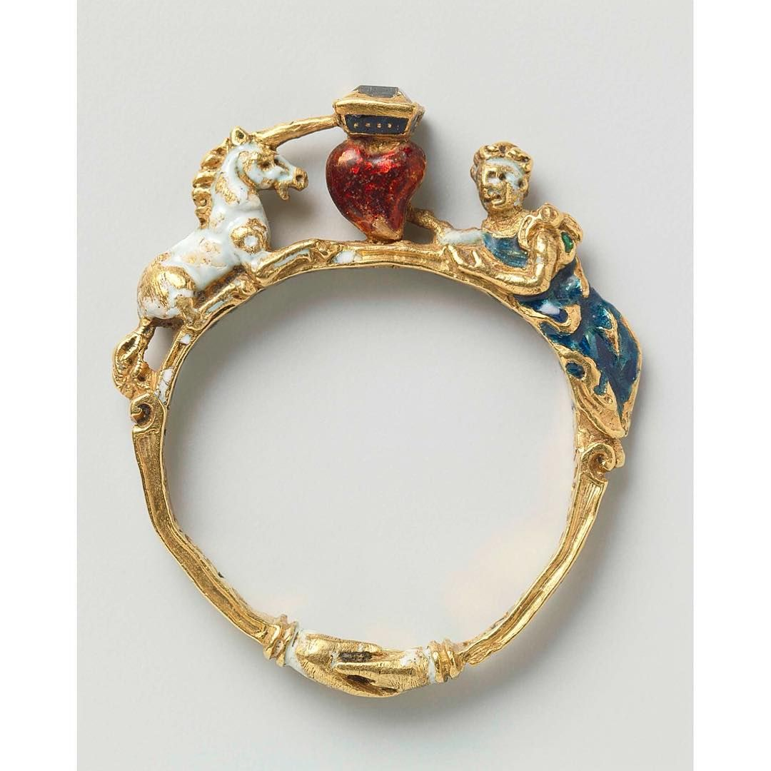 URiBE® Jewellery (@studiouribe)  @sionphillips