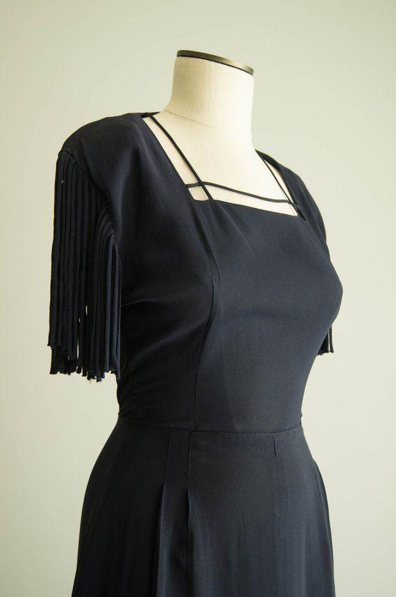 f8d089c8f6c3 vintage 1940s dress / 40s rayon fringe sleeve dress / small / Fringe ...