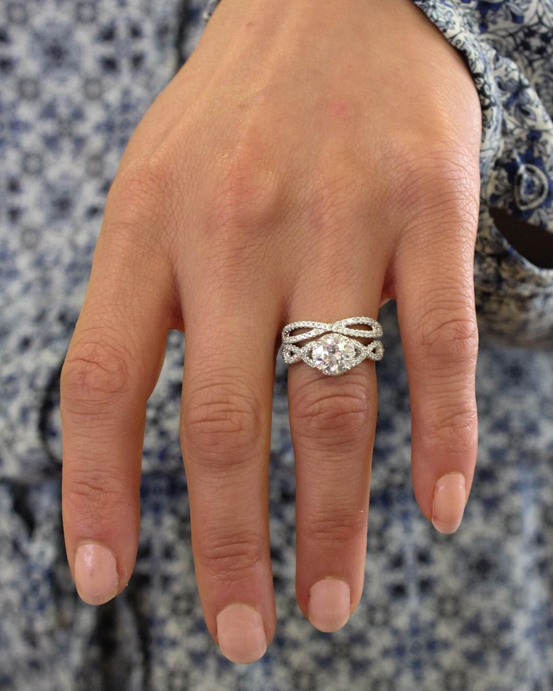 18k White Gold Entwined Halo Diamond Ring 1 3 Ct Tw Wedding Rings Engagement Engagement Wedding Ring Sets Engagement Rings