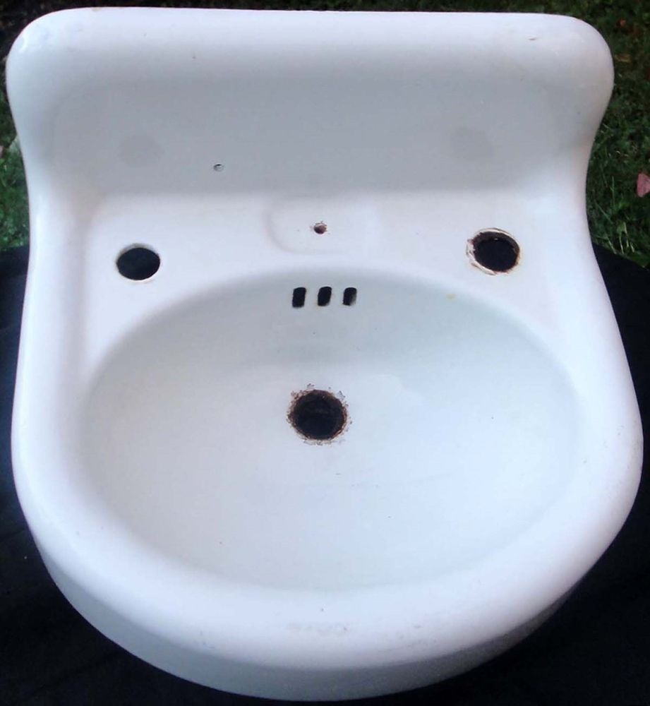Vintage Cast Iron Porcelain Sink | Julie\'s ranch house | Pinterest ...