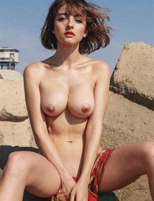 Jacqueline nude image