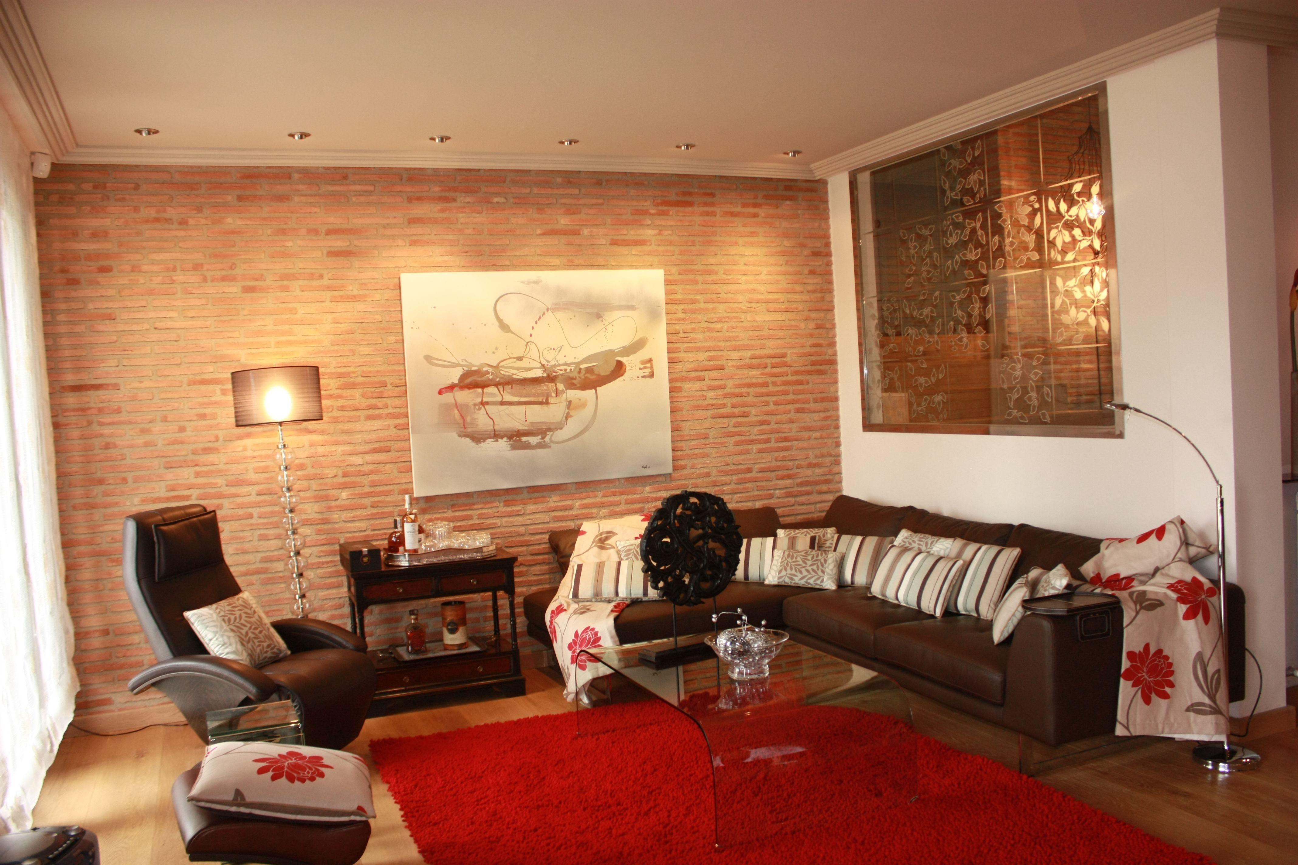 Siempre es acogedor dejar una pared de ladrillo visto for Decoracion de living room
