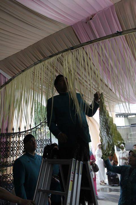 Peran Orangtua Sangat Besar Dalam Pernikahan Adat Jawa Ayah