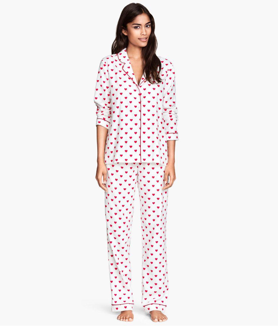 Ladies poly cotton cami top crop leg pyjamas nightwear with all over heart print