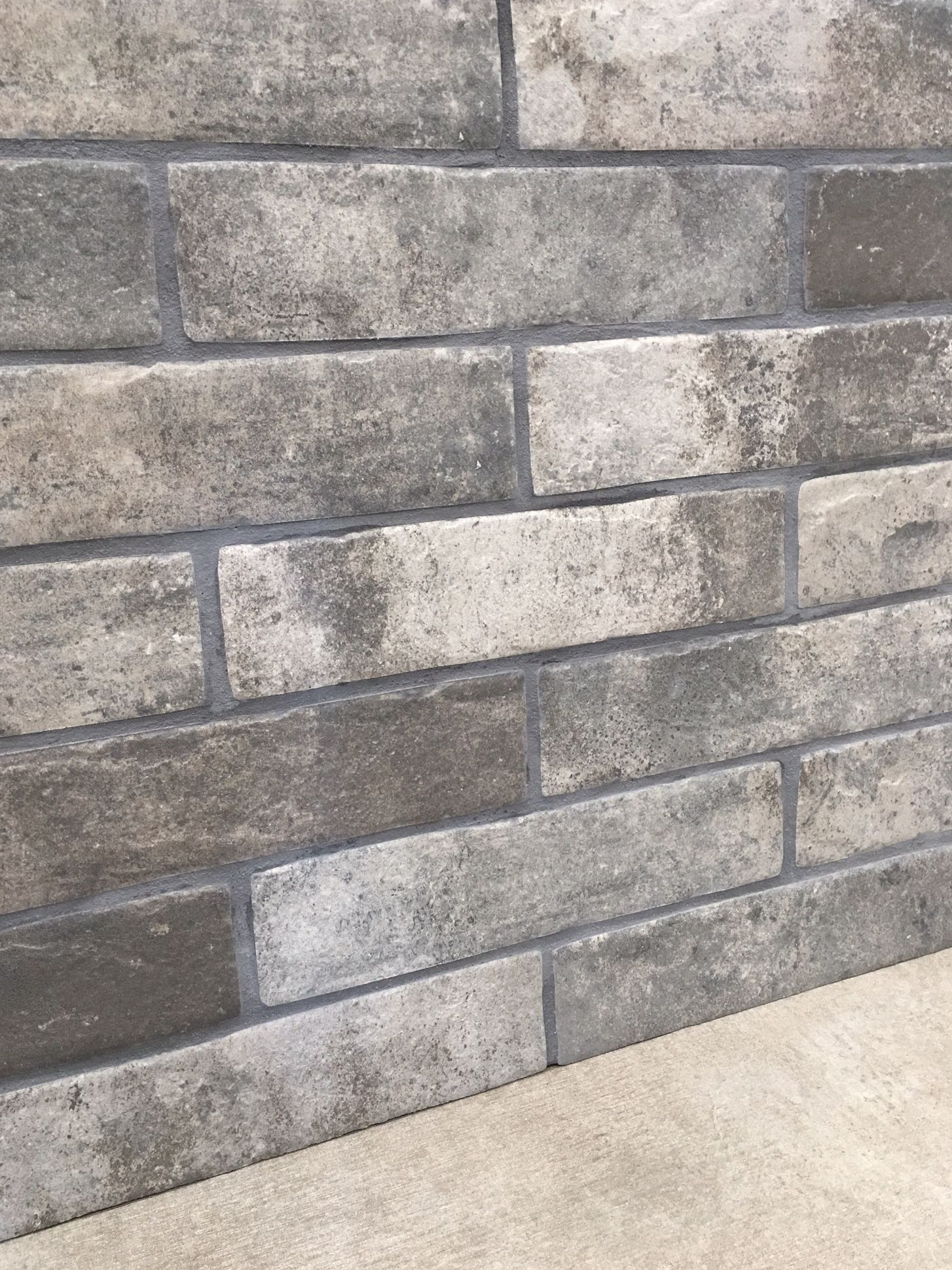 Metro Grey Gloss Bevelled Brick Wall Tile 10x20cm Ceramic Planet Brick Tiles Brick Tiles Bathroom Bathroom Wall Tile