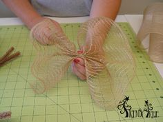 """Photo of Tutorial Using Poly & Burlap Mesh on a 24 """"Pencil Wreath – Trendy Tree Blog 